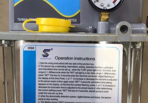 Bơm bôi trơn -Bơm mở bò TZ- 150/2C